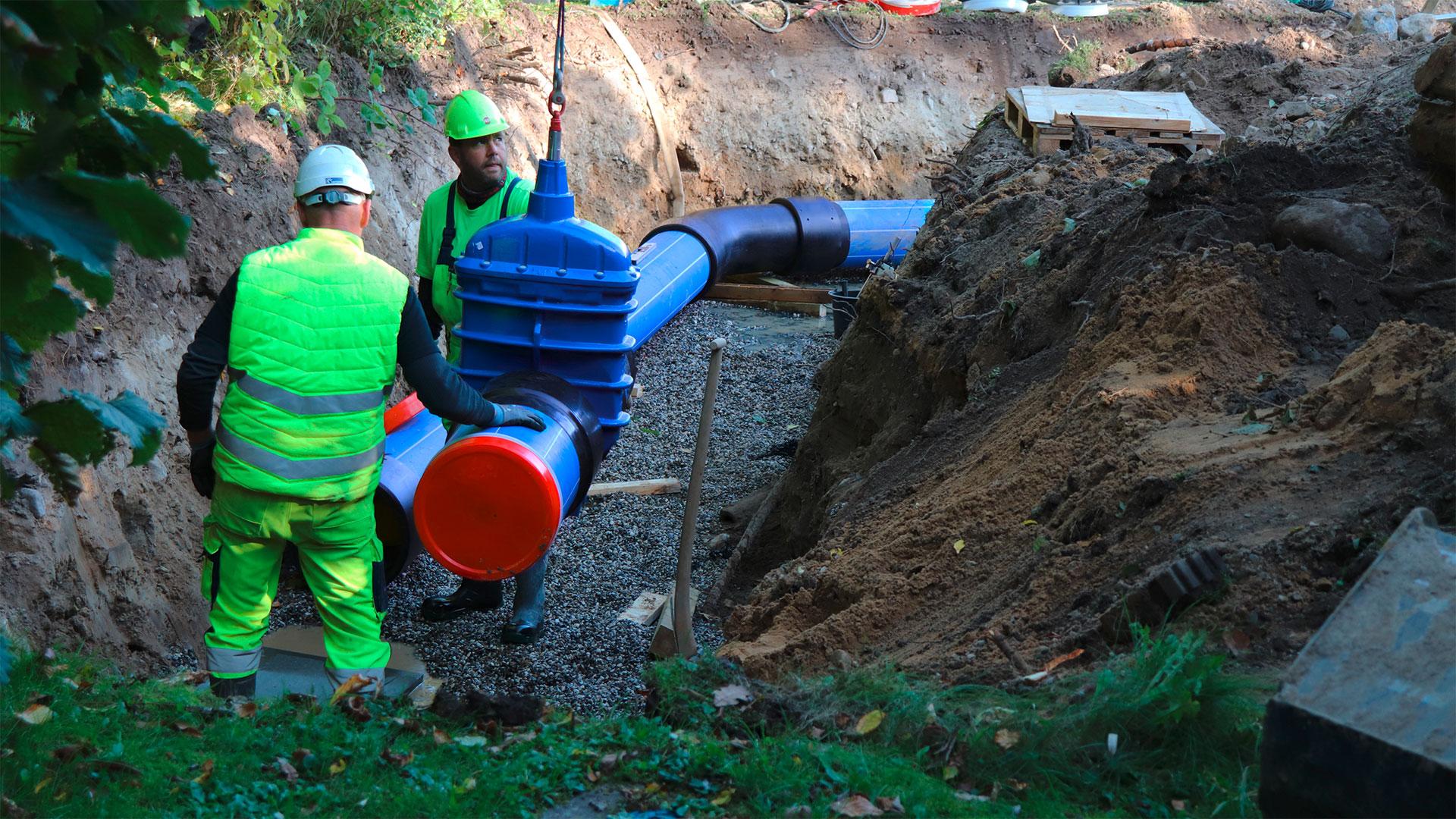 Installation af AVK skydeventil med PE-ender i vandforsyningsnetværk